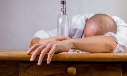 Alcohol y otras drogas cotidianas. Lo que la sociedad actual normaliza